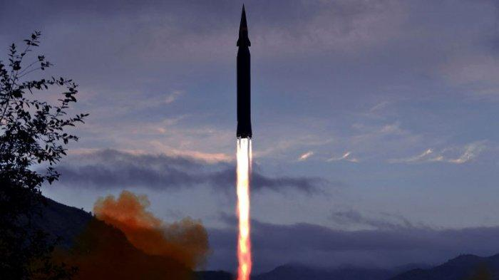 Korea Utara Akui Uji Coba Rudal Hipersonik Hwasong-8. Kim Jong Un Tidak Menyaksikan